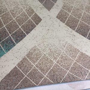 Thảm lót sàn nhà bằng nỉ mềm mịn