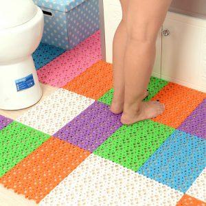 Loại thảm chùi chân nhà vệ sinh